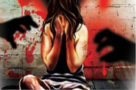 चूरू: मंदिर में दर्शन के बहाने बुलाकर 11वीं की छात्रा से चलती कार में रेप का आरोप
