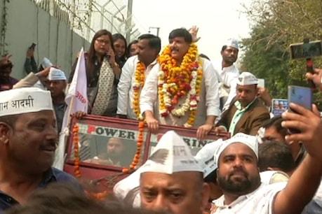 दिल्ली में प्रचंड जीत से उत्साहित संजय सिंह ने लखनऊ में किया रोड शो, बोले- पूरे दमखम के साथ AAP लड़ेगी यूपी में चुनाव