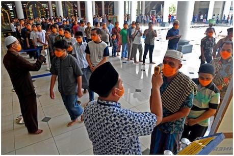 दुनिया में कोरोना: ईद की तैयारियों के बीच इंडोनेशिया में बढ़े संक्रमण के मामले
