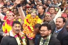 CM के माला पहनकर आने पर बवाल, प्रीतम सिंह ने जताया ऐतराज तो कौशिक ने दी चुनौती