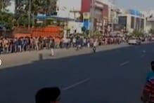 कोरोना वायरस आंध्र प्रदेश-तेलंगाना जांच चौकियों पर सैकड़ों लोग फंसे