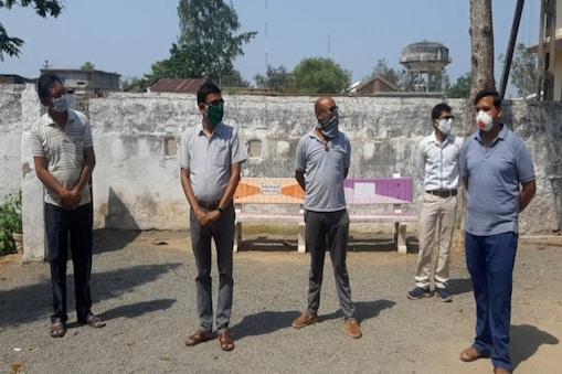 प्रशासन भी इन युवाओं का सिविल वालंटियर (Civil Volunteer) के रूप में सहयोग ले रही है.