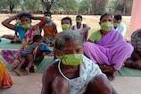 COVID-19 : मेडिकेटेड मास्क नहीं मिला तो आदिवासियों ने अपनाया ये देशी जुगाड़