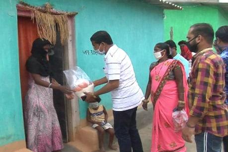 कोंडागांव: लॉकडाउन में पीसीसी चीफ मोहन मरकाम ने बांटा राशन, कही ये बात