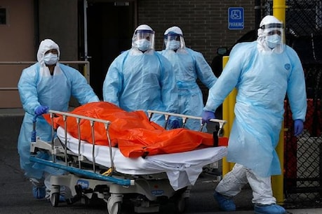नर्सिंग होम से आने लगी बदबू तो बुलाई पुलिस, अंदर गए तो लगा था लाशों का ढेर