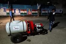 मशीन से सैनिटाइज हो रही रायपुर की सड़कें, एक बार में 240 लीटर दवा का छिड़काव