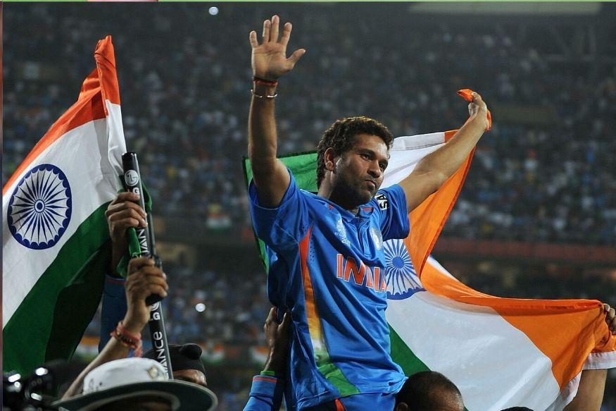 भारत के महान बल्लेबाज सचिन तेंदुलकर को 1997-1998 में खेल रत्न से नवाजा गया. सचिन इस सम्मान को पाने वाले पहले क्रिकेटर थे.