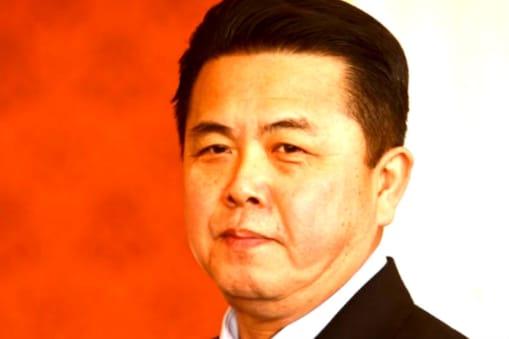 सत्ता में मजबूती दावेदारी किम के सौतेले चाचा किम प्योंग इल (Kim Pyong-il) की दिख रही है