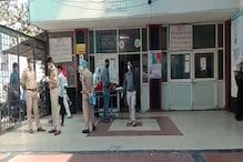 कानपुर के हैलट हॉस्पिटल में युवक की मौत, परिजनों ने लगाया लापरवाही का आरोप