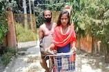 डाक टिकट में लगी बहादुर बेटी की तस्वीर, बीमार पिता को साइकिल से लाई थी दरभंगा