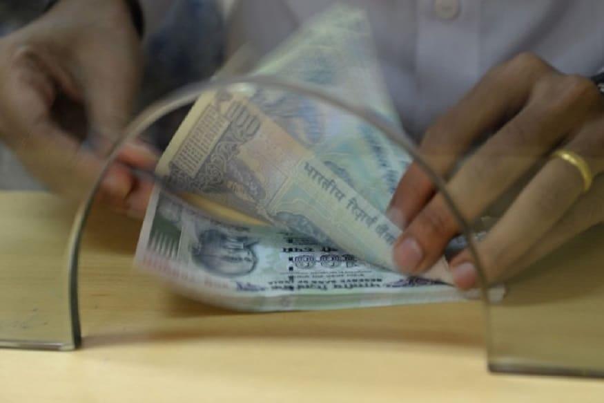 ये बैंक एफडी कराने पर मुफ्त में दे रहा है 50 लाख रुपये तक का बीमा!