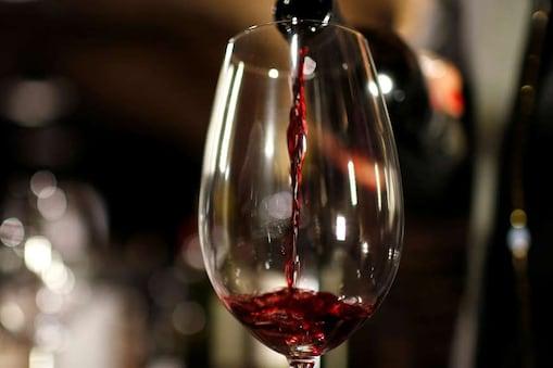 वित्त विभाग के अधिकारियों के अनुसार मई के महीने में शराब से सरकार को 600 करोड़ के राजस्व संग्रहण होने का अनुमान है.