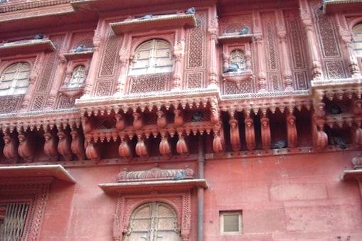 राजस्थान के फलोदी में गर्मी में तापमान 51 डिग्री सेल्सियस तक चला जाता है