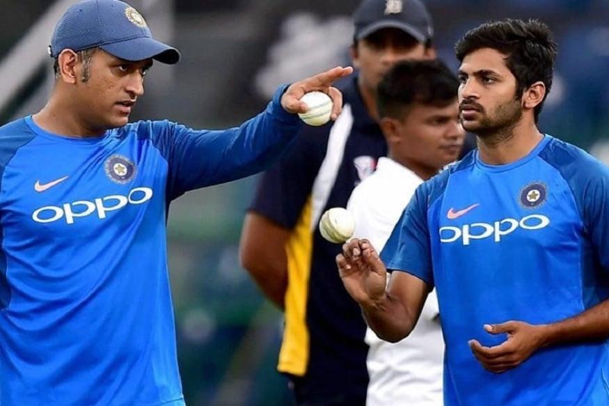 तेज गेंदबाज शार्दुल ठाकुर कोरोना वायरस के कारण दो महीने के ब्रेक के बाद शनिवार को आउटडोर ट्रेनिंग शुरू करने वाले पहले भारतीय क्रिकेटर बने.