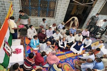 शहीद अंकुश ठाकुर के घर पहुंचे CM जयराम, परिजनों को 20 लाख रुपये मदद का ऐलान