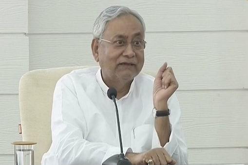 नीतीश कुमार की कोरोना रिपोर्ट 4 घंटे में ही आ गई. (फाइल फोटो)