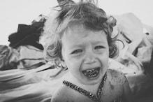 महिला लगा रही थी फांसी, 3 साल की बेटी के रोने से बची जान