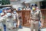अलीगढ़ में दिनदहाड़े कैश वैन से 22.70 लाख की लूट, फायरिंग के दौरान 4 घायल