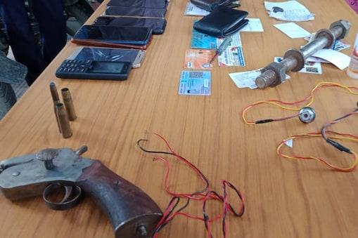 बेतिया पुलिस इनदिनों अपराधियों के खिलाफ अभियान चला रही है