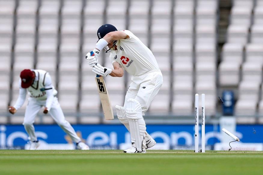 नई दिल्ली. कोरोना वायरस के बीच पहला इंटरनेशनल मैच साउथैंप्टन में चल रहा है. मुकाबला इंग्लैंड और वेस्टइंडीज के बीच हो रहा है. पहले टेस्ट मैच के दूसरे दिन कुछ ऐसा देखने को मिला जिसकी उम्मीद शायद ही किसी को होगी. इंग्लैंड की मजबूत टीम वेस्टइंडीज के खिलाफ महज 204 रनों पर ढेर हो गई. इंग्लैंड का एक भी बल्लेबाज अर्धशतक नहीं लगा सका. इंग्लैंड के बल्लेबाज वेस्टइंडीज के सिर्फ दो गेंदबाजों के सामने ही ढेर हो गए.