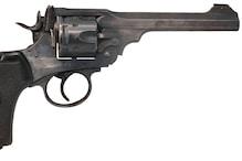 मुख्तार अंसारी गिरोह के शूटर की पत्नी के खिलाफ मुकदमा दर्ज
