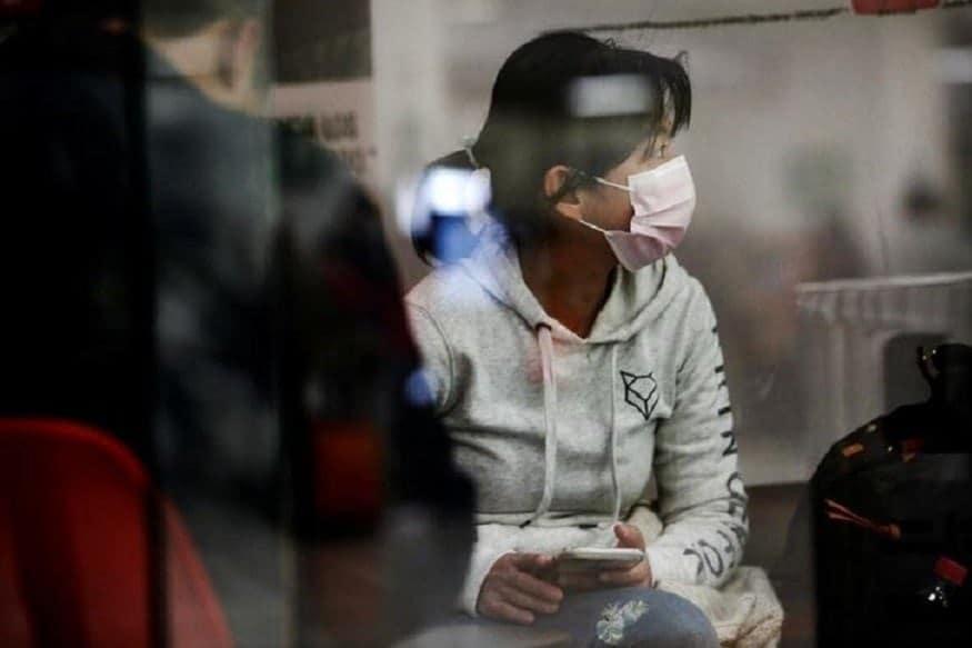पिछले महीने, मुख्यमंत्री अरविंद केजरीवाल ने घोषणा की थी कि उनकी सरकार कोविड-19 की रोजाना जांच को 20,000 से बढ़ाकर 40,000 करेगी. मंगलवार को राष्ट्रीय राजधानी में कोविड-19 के 2,312 नये मामले सामने आये थे जो कि पिछले दो महीने के दौरान एक दिन में सामने आयी सबसे अधिक संख्या है. इससे दिल्ली में संक्रमितों की कुल संख्या बढ़कर 1.77 लाख से अधिक हो गई. वहीं मृतक संख्या बढ़कर 4,462 हो गई थी.(सांकेतिक तस्वीर)