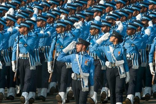 नयी वायु रक्षा कमान की रूपरेखा तैयार करने के लिए इस साल एक उच्चस्तरीय समिति का गठन किया गया था. file photo: PTI
