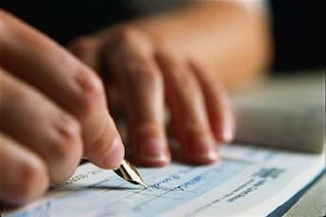 RBI ने लिए 5 बड़े फैसले! ग्राहकों के लिए चेक, कैश और लोन से जुड़े नियम बदल गए