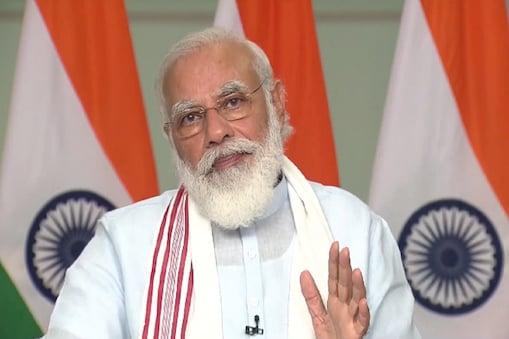 प्रधानमंत्री मोदी (PM Modi) ने अपने वीडियो कॉन्फ्रेंसिंग में कहा कि आत्मनिर्भर भारत अभियान को सफल बनाने में बहुत बड़ी भूमिका कृषि की है. कृषि में आत्मनिर्भरता की बात सिर्फ खाद्यान्न तक ही सीमित नहीं है बल्कि यह गांव की पूरी अर्थव्यवस्था की आत्मनिर्भरता की बात है