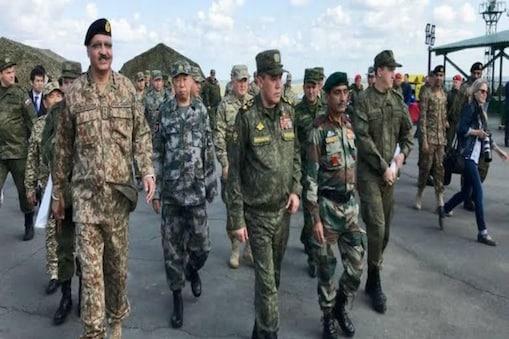 रूस में भारतीय और चीनी सैनिकों के साथ में किए एक बहुराष्ट्रीय सैन्य अभ्यास की फाइल फोटो (फोटो- ANI)