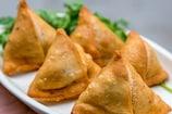Recipe Video: घर पर सिर्फ 10 मिनट में बनाएं पनीर समोसे, चाय का मजा होगा दोगुना