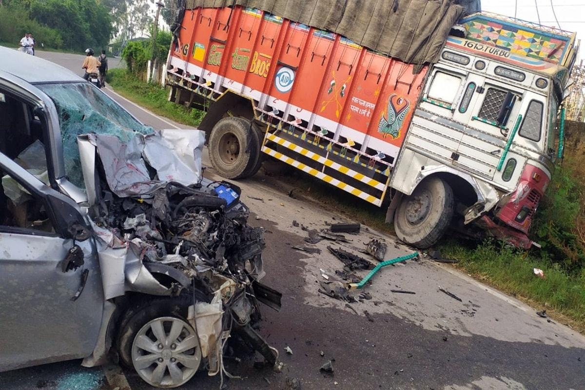नालागढ (सोलन). हिमाचल प्रदेश के सोलन जिले में नालागढ़ में दत्तोवाल में सड़क हादसा हुआ है.