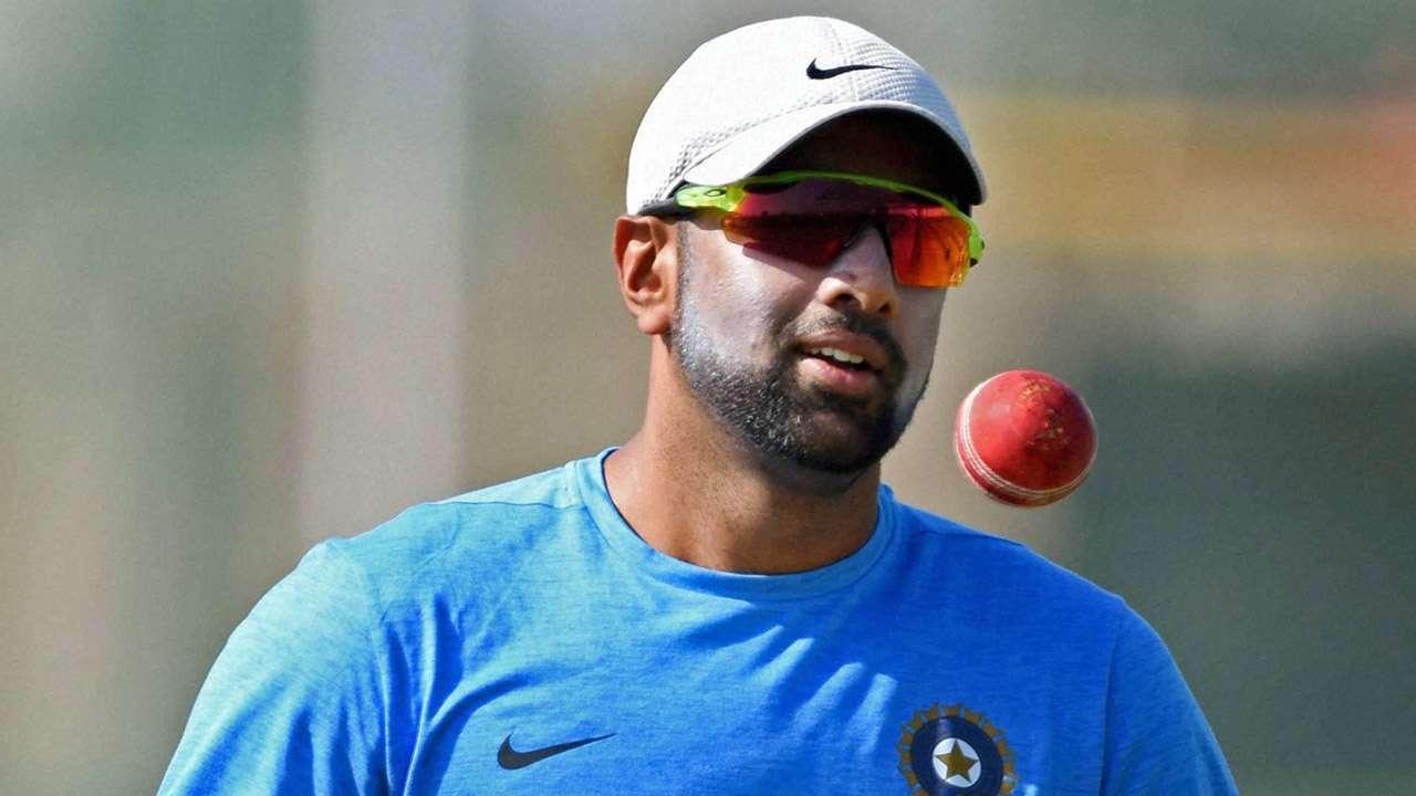 किंग्स इलेवन पंजाब के खिलाफ मैच के दौरान अपने पहले ओवर की अंतिम गेंद पर रन रोकने के प्रयास में अश्विन चोटिल हो गए थे. इससे पहले उन्होंने इस ओवर में दो विकेट लिए थे.