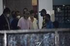 बॉलीवुड में ड्रग्स: NCB की पूछताछ के लिए रणवीर सिंह के साथ मुंबई पहुंची दीपिका पादुकोण
