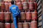 LPG Gas Cylinder Rules: अगले 4 दिन में बदल जाएगा आपके LPG रसोई गैस सिलेंडर से जुड़ा नियम, जानिए सबकुछ