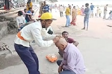 उत्तराखंडः श्राद्ध के अंतिम दिन ऋषिकेश के त्रिवेणी घाट पर पितरों को तर्पण देने के लिए जुटे श्रद्धालु, देखें तस्वीरें