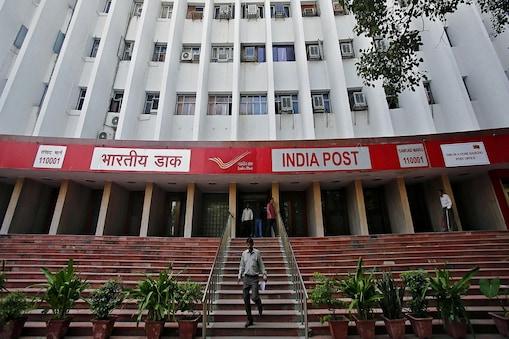 पोस्ट आफिस (Post Office) ने बीते 6 महीने में करोड़ों रुपये की कमाई की है.