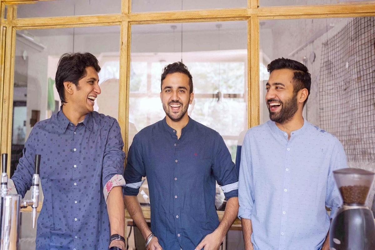 3 दोस्तों का कॉफी बिजनेस 4 साल में हुआ हिट! अब कमाते हैं करोड़ों