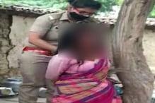 VIDEO: हमीरपुर में विधवा को पेड़ से बांधकर जमकर पीटा, सड़क पर फेंका सामान
