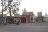 सरकारी ज़मीन पर बने अवैध धार्मिक स्थल न हटाने पर मुख्य सचिव को अवमानना नोटिस