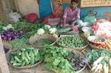आम आदमी की बढ़ी मुश्किलें! प्याज 100 और आलू के दाम 50 रुपये के पार