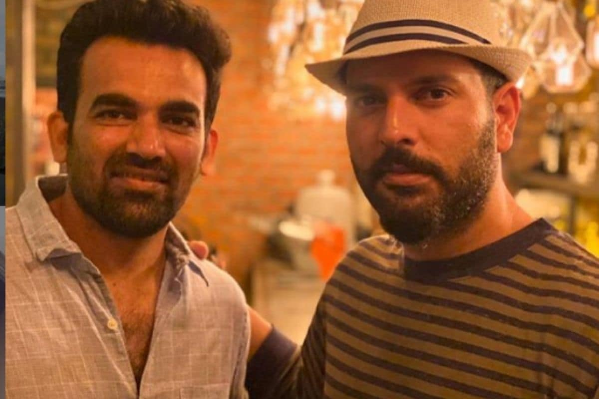 भारतीय कप्तान विराट कोहली और अनुष्का शर्मा ने हाल ही में इस बात का खुलासा किया था कि दोनों आगे साल जनवरी में माता-पिता बनने वाले हैं. कोहली के बाद अब खबरें हैं कि भारत के पूर्व गेंदबाज जहीर खान भी जल्द पिता बनने वाले हैं. (Instagram)