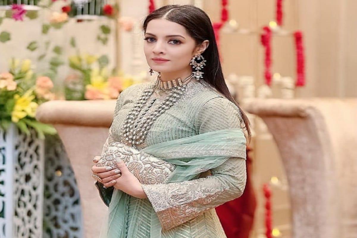 मुंबई.2001 में मिस इंडिया रह चुकीं एक्ट्रेस सेलिना जेटली (Celina Jaitly) का जन्म 24 नवंबर 1981 को हुआ था. मंगलवार को वे अपना 39वां जन्मदिन मनाने जा रही हैं.