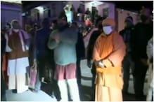 केदारनाथ में सेना के बैंड की धुन पर झूमने लगे CM रावत, योगी ने बढ़ाया हौसला