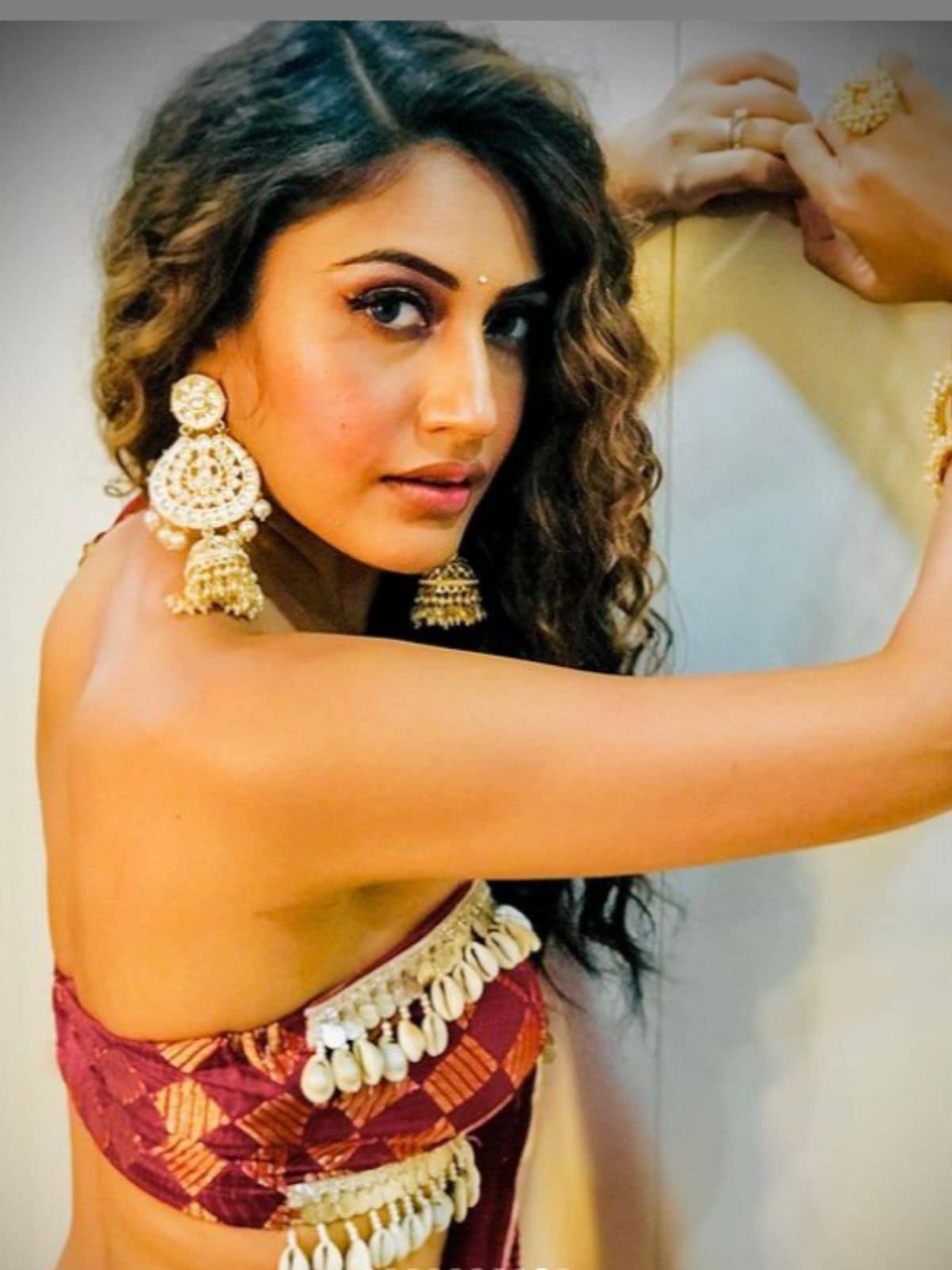 Naagin 5, Surabhi Chandna, Surabhi Chandana New Look, Social Media, Nagin, TV Serial Nagin, Colors TV, सुरभि चंदना, सुरभि चंदना नया लुक, सोशल मीडिया, नागिन, News18 Hindi