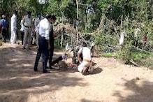 PHOTOS : टीकमगढ़ में बोरवेल में फंसे बच्चे को निकालने के लिए सेना को बुलाया