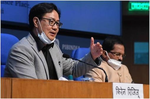 केंद्रीय युवा मामले और खेल मंत्री किरेन रिजिजू   ने बुधवार को कहा कि मंत्रालय में धन की कोई कमी नहीं है