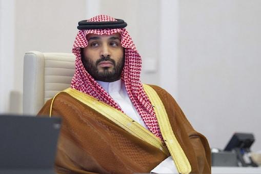 सऊदी अरब ने 20 देशों की विमान सेवा पर रोक लगाई (फोटो- AFP)