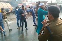 पटना में पप्पू यादव का प्रदर्शन, पुलिस ने जाप कार्यकर्ताओं पर भांजी लाठियां