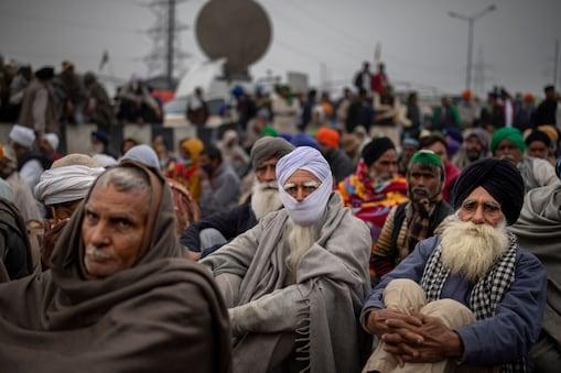 राकेश टिकैत का ऐलान- कल उत्तर प्रदेश, उत्तराखंड में नहीं होगा चक्का जाम (प्रतीकात्मक तस्वीर-AP)